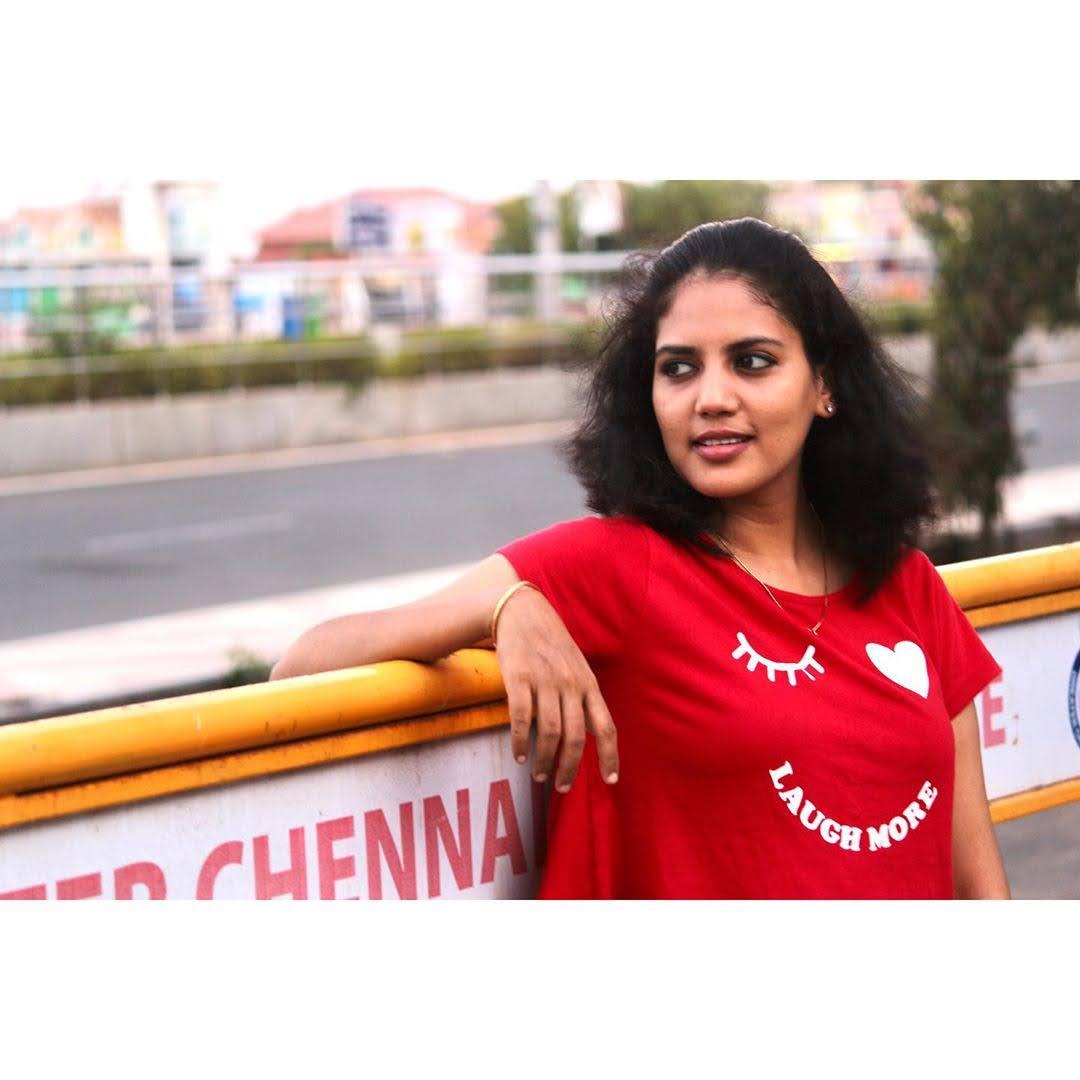 news-anchor-panimalar-75