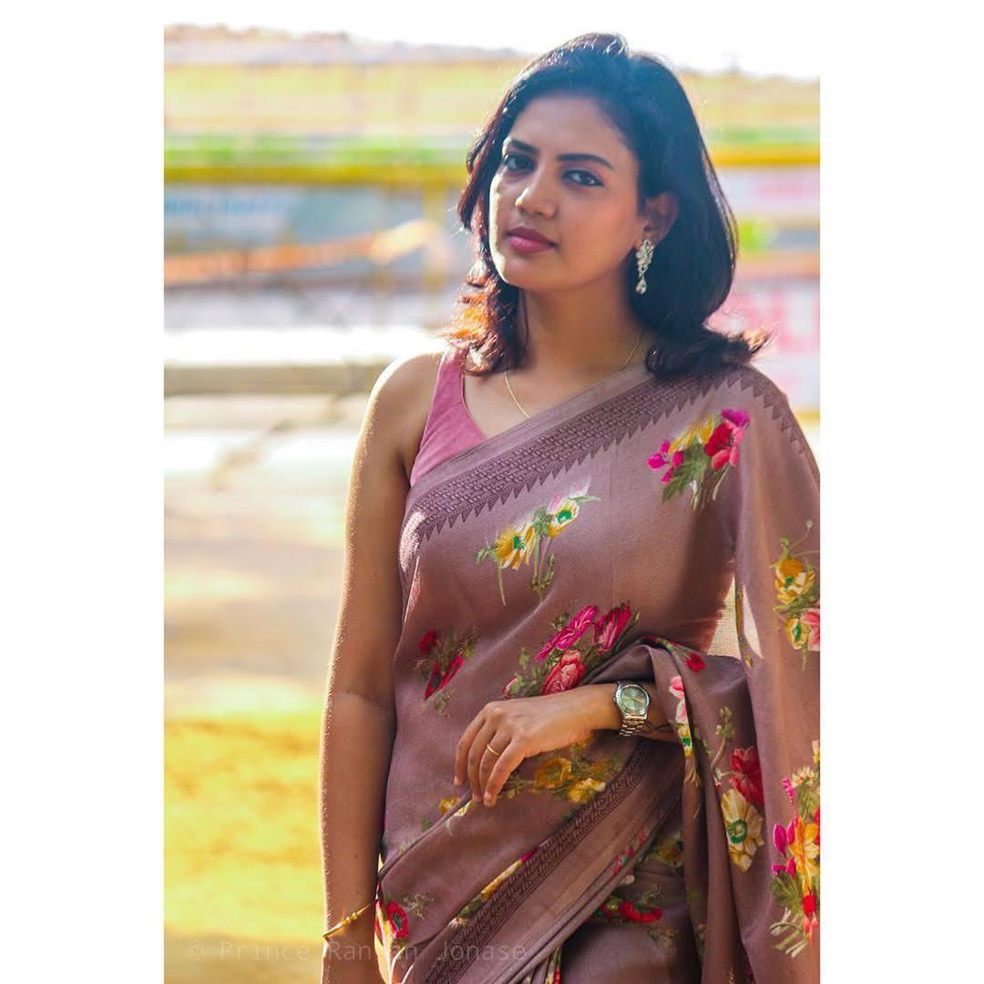 news-anchor-panimalar-91