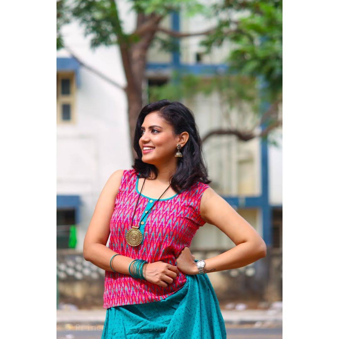 news-anchor-panimalar-98