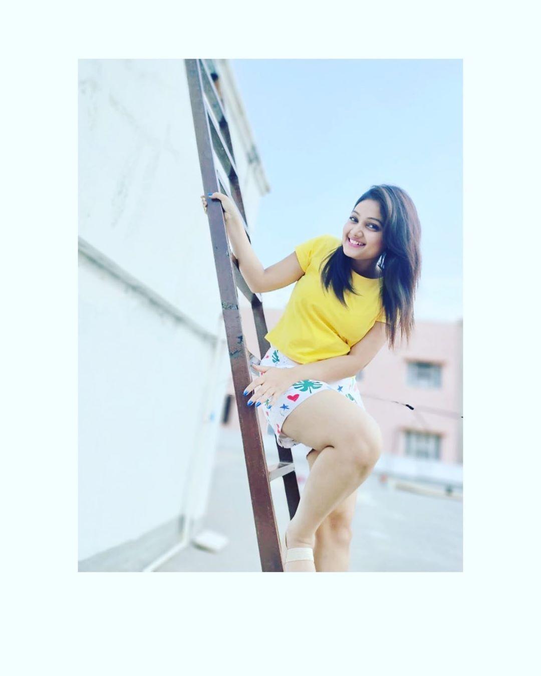 priyanka-nalkari-roja-serial-actress-11