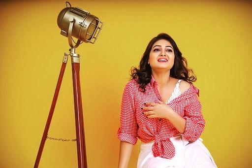 priyanka-nalkari-roja-serial-actress-2