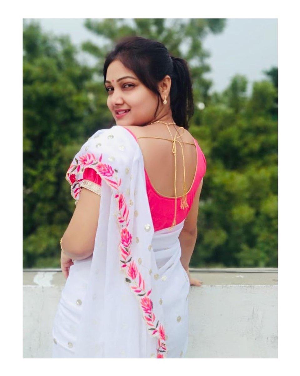 priyanka-nalkari-roja-serial-actress-32