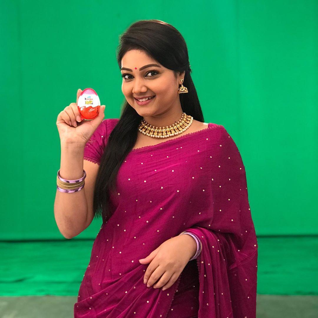 priyanka-nalkari-roja-serial-actress-34