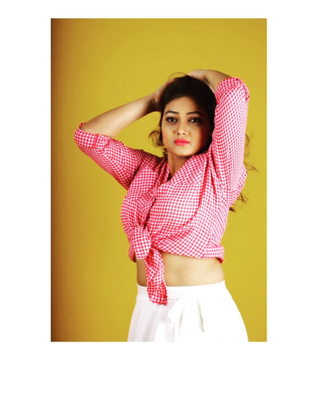 priyanka-nalkari-roja-serial-actress-35