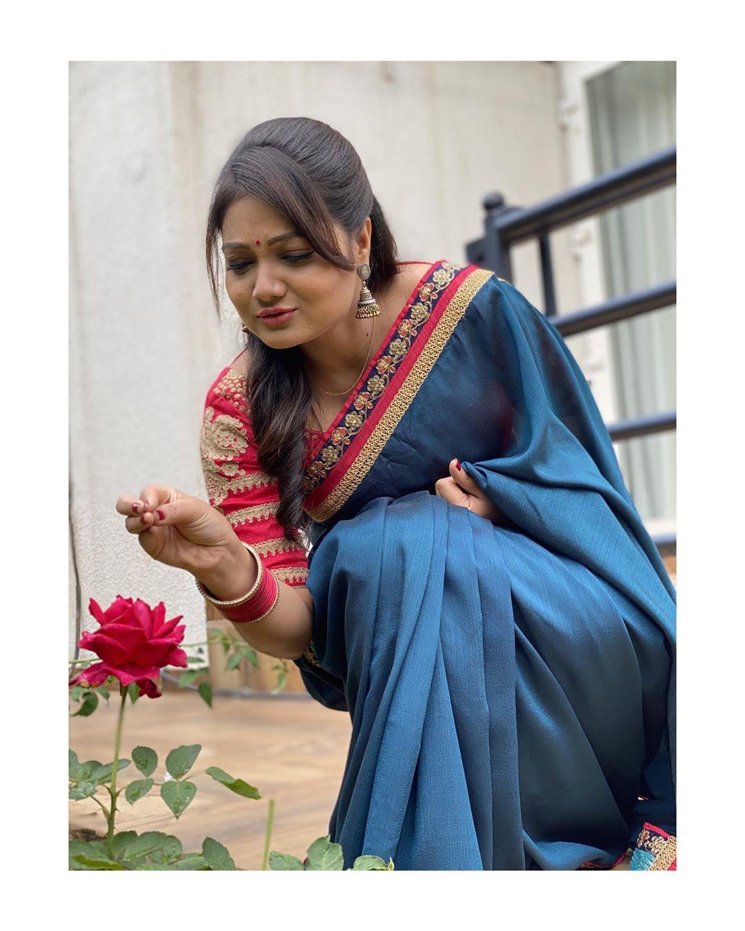 priyanka-nalkari-roja-serial-actress-73