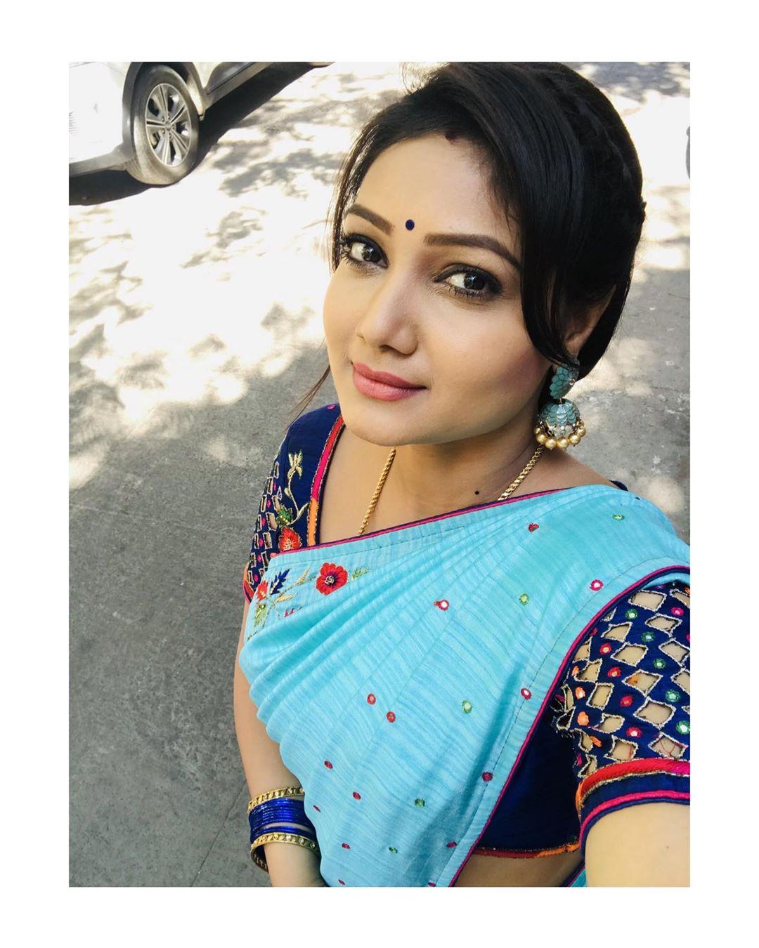 priyanka-nalkari-roja-serial-actress-85