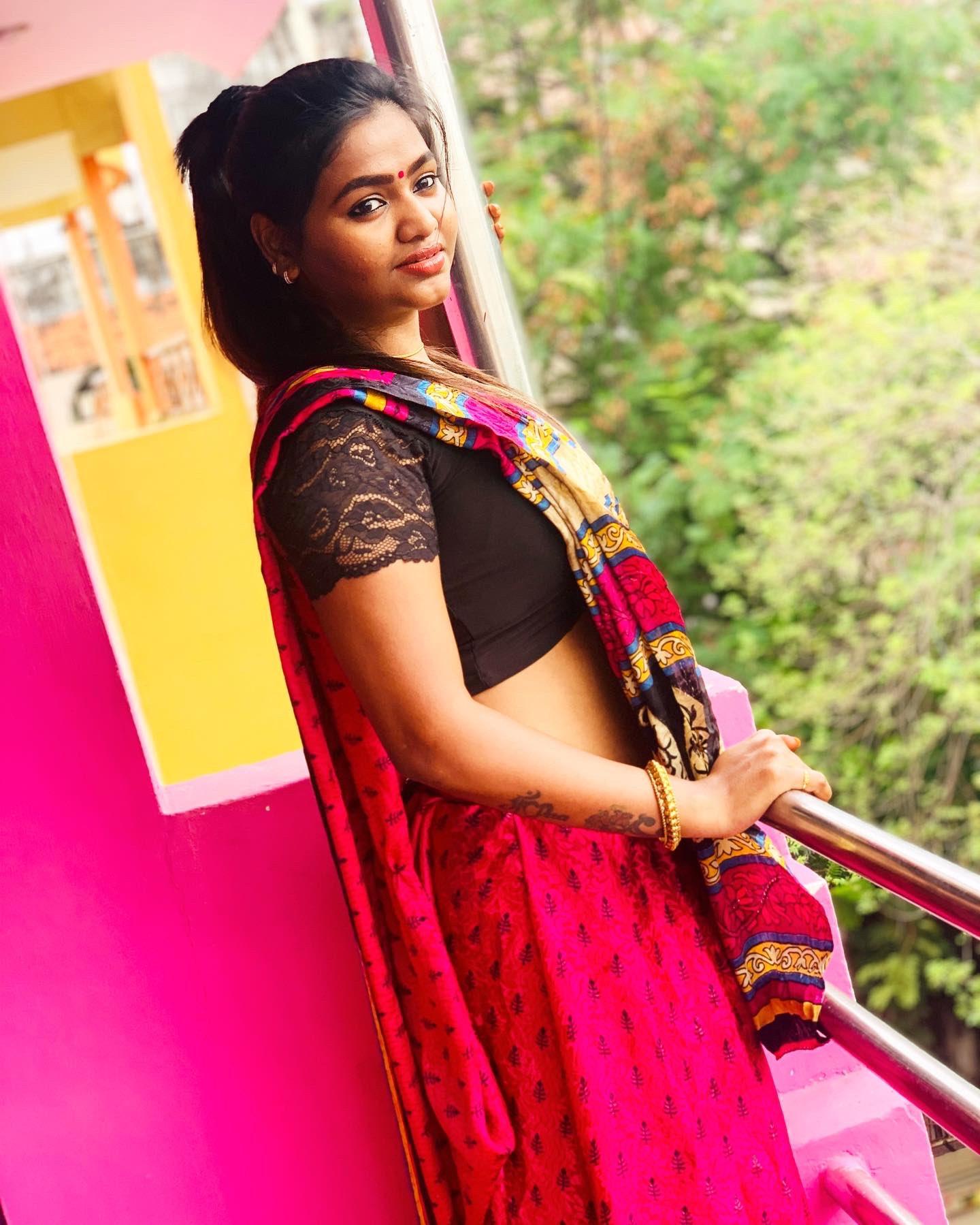 shalu shamu in saree_4