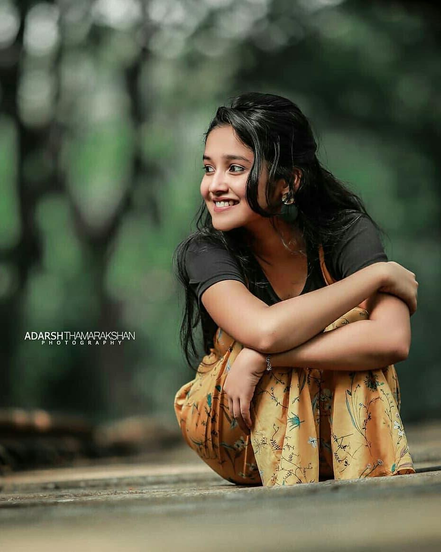 Anikha-Surendran-13