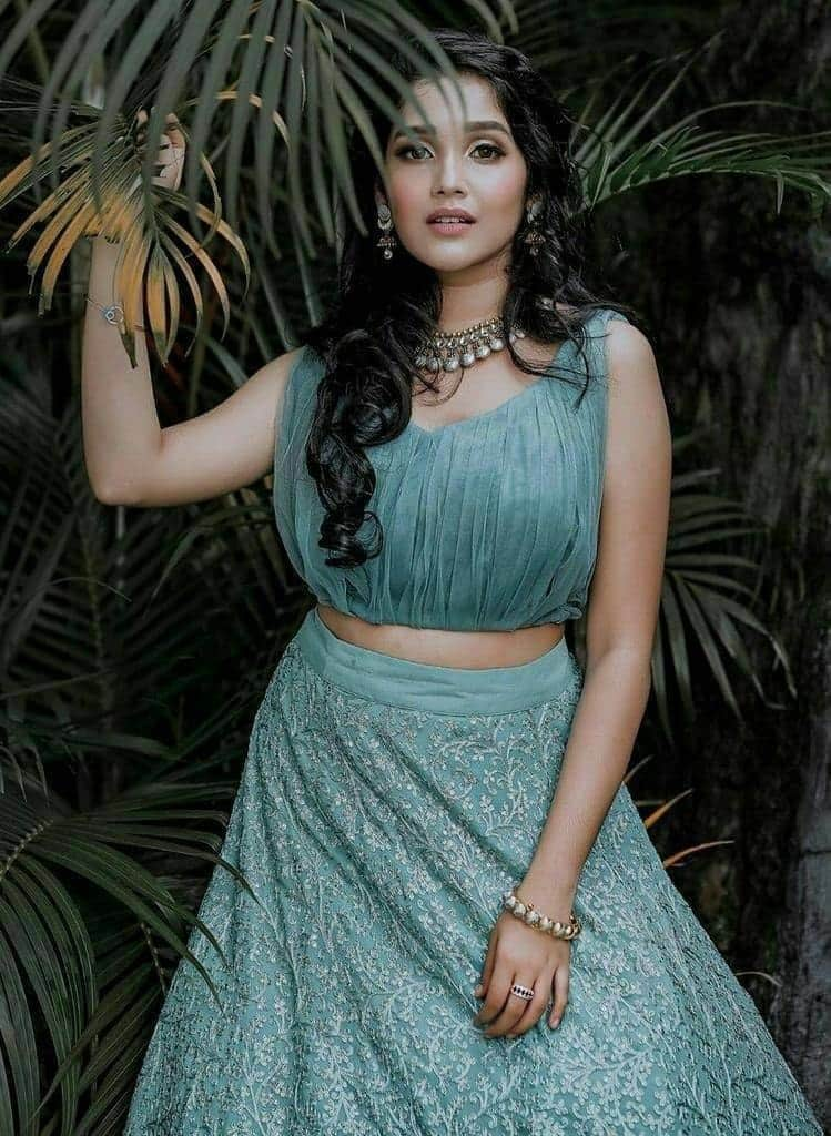 Anikha-Surendran-21
