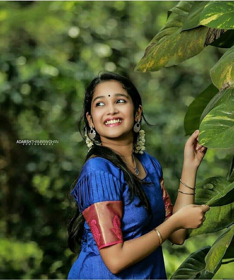 Anikha-Surendran-31