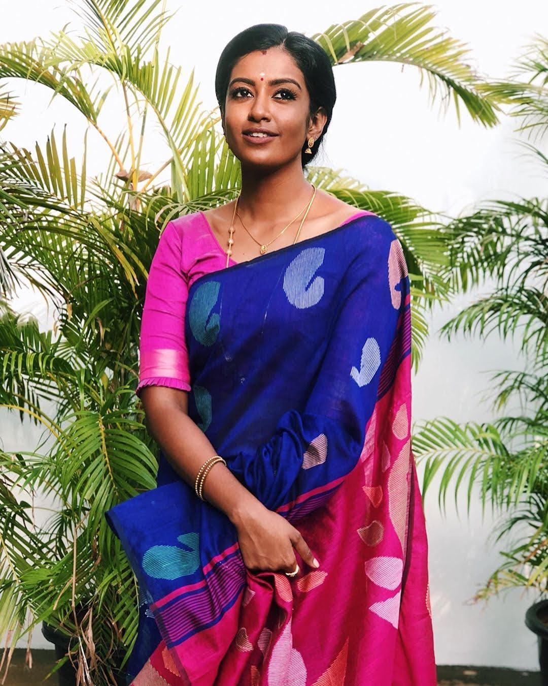 Bharathi-Kannamma-Serial-Actress-Roshini-Haripriyan-101