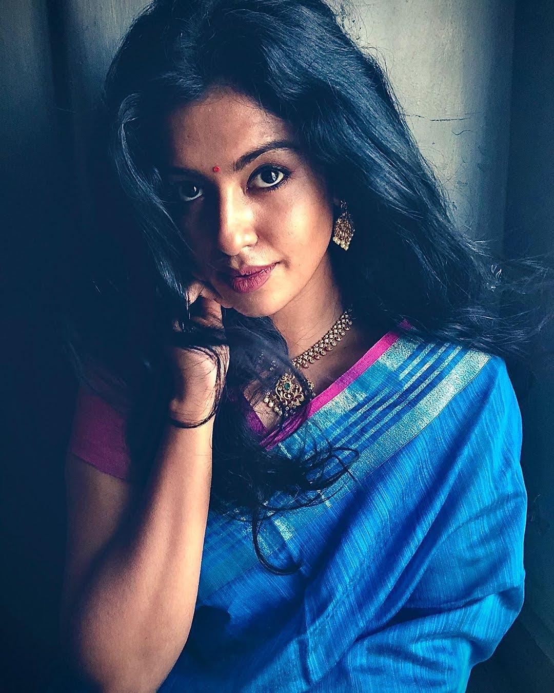 Bharathi-Kannamma-Serial-Actress-Roshini-Haripriyan-102