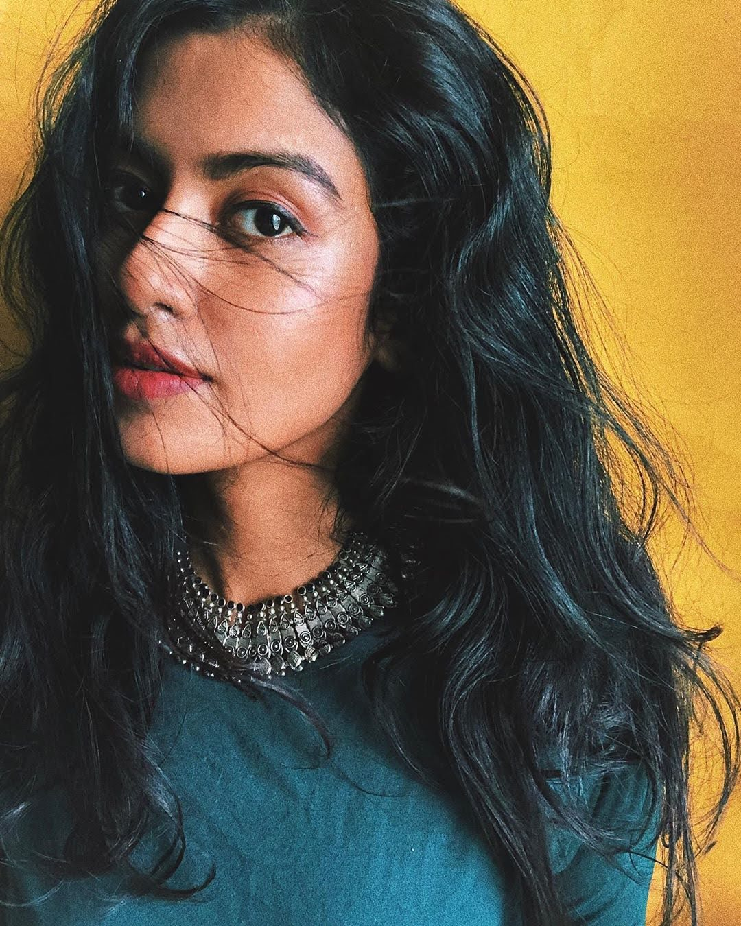 Bharathi-Kannamma-Serial-Actress-Roshini-Haripriyan-114