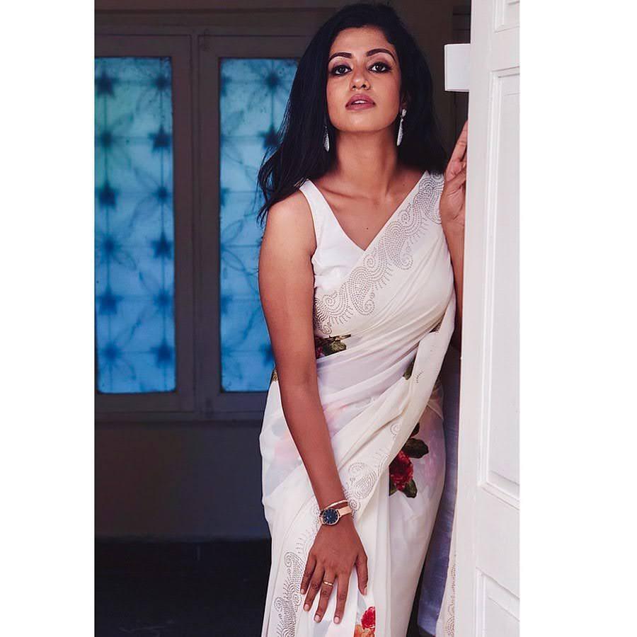 Bharathi-Kannamma-Serial-Actress-Roshini-Haripriyan-2