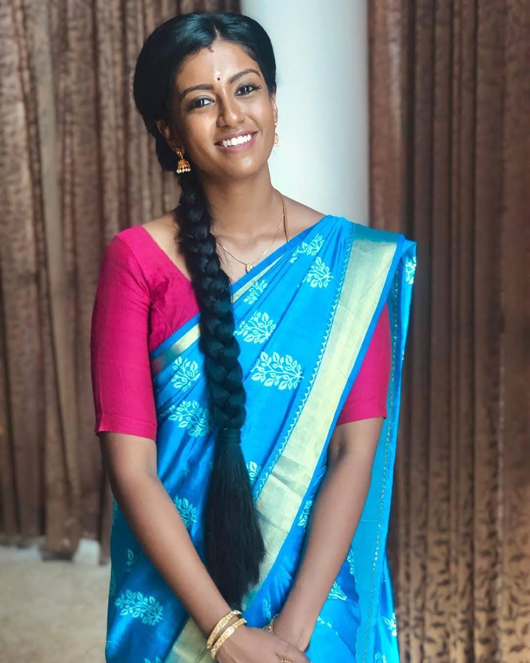Bharathi-Kannamma-Serial-Actress-Roshini-Haripriyan-51