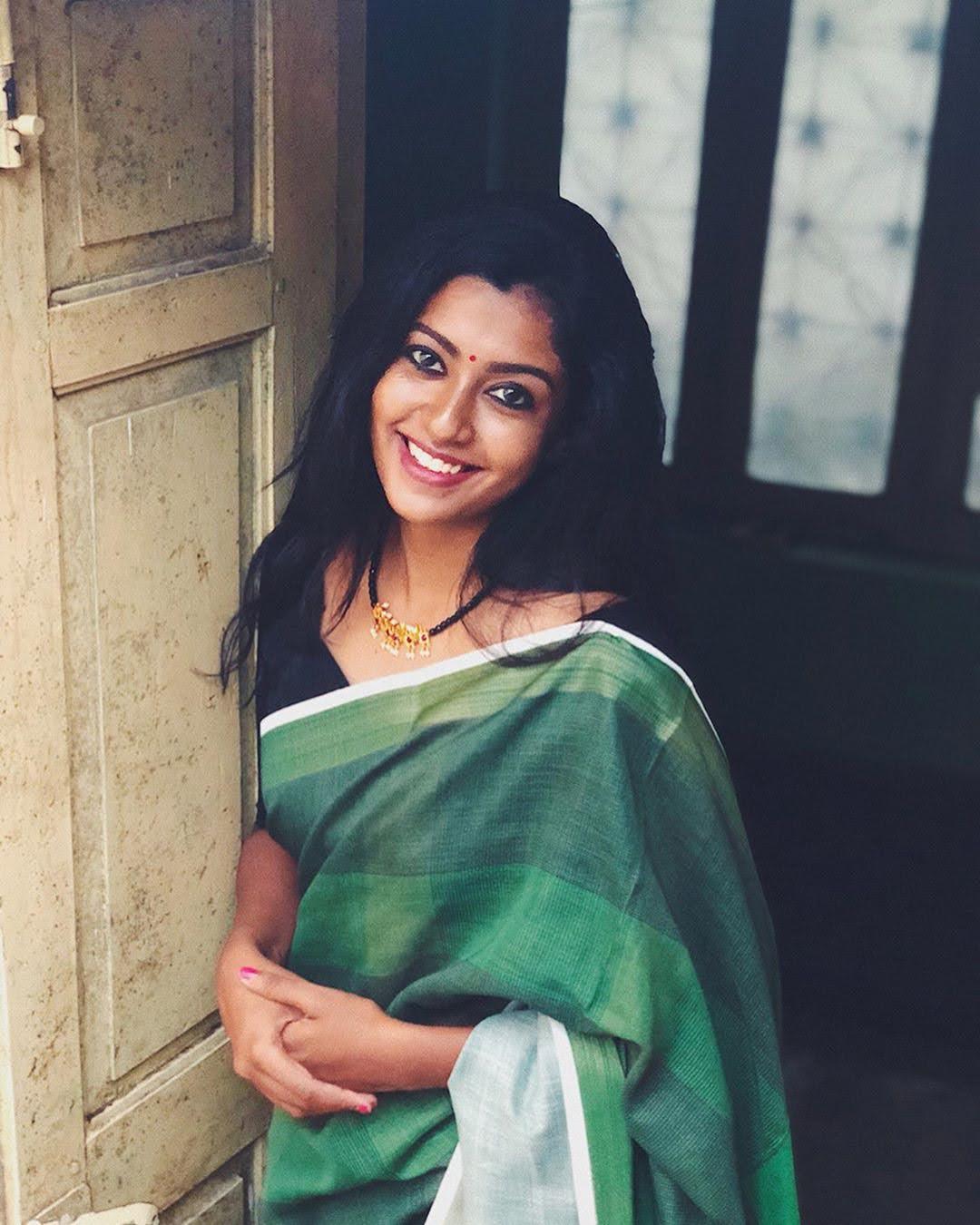Bharathi-Kannamma-Serial-Actress-Roshini-Haripriyan-69