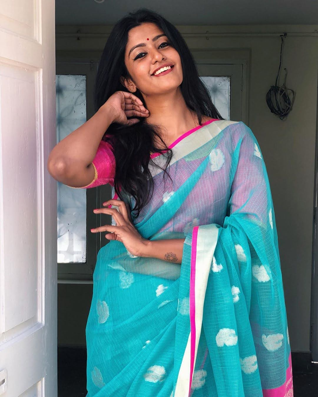 Bharathi-Kannamma-Serial-Actress-Roshini-Haripriyan-84
