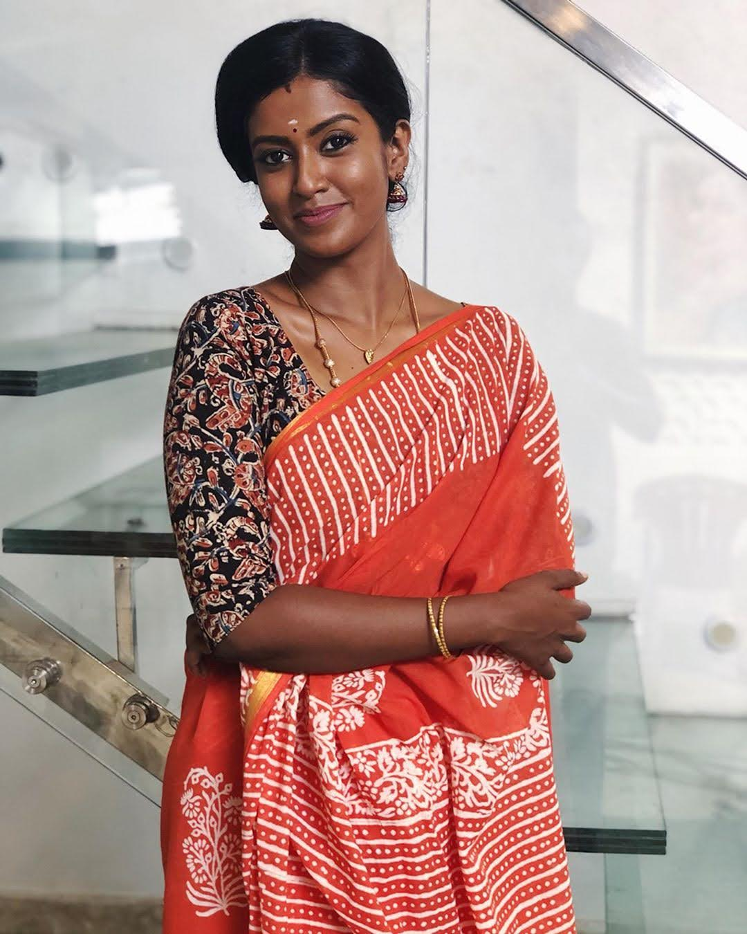 Bharathi-Kannamma-Serial-Actress-Roshini-Haripriyan-88