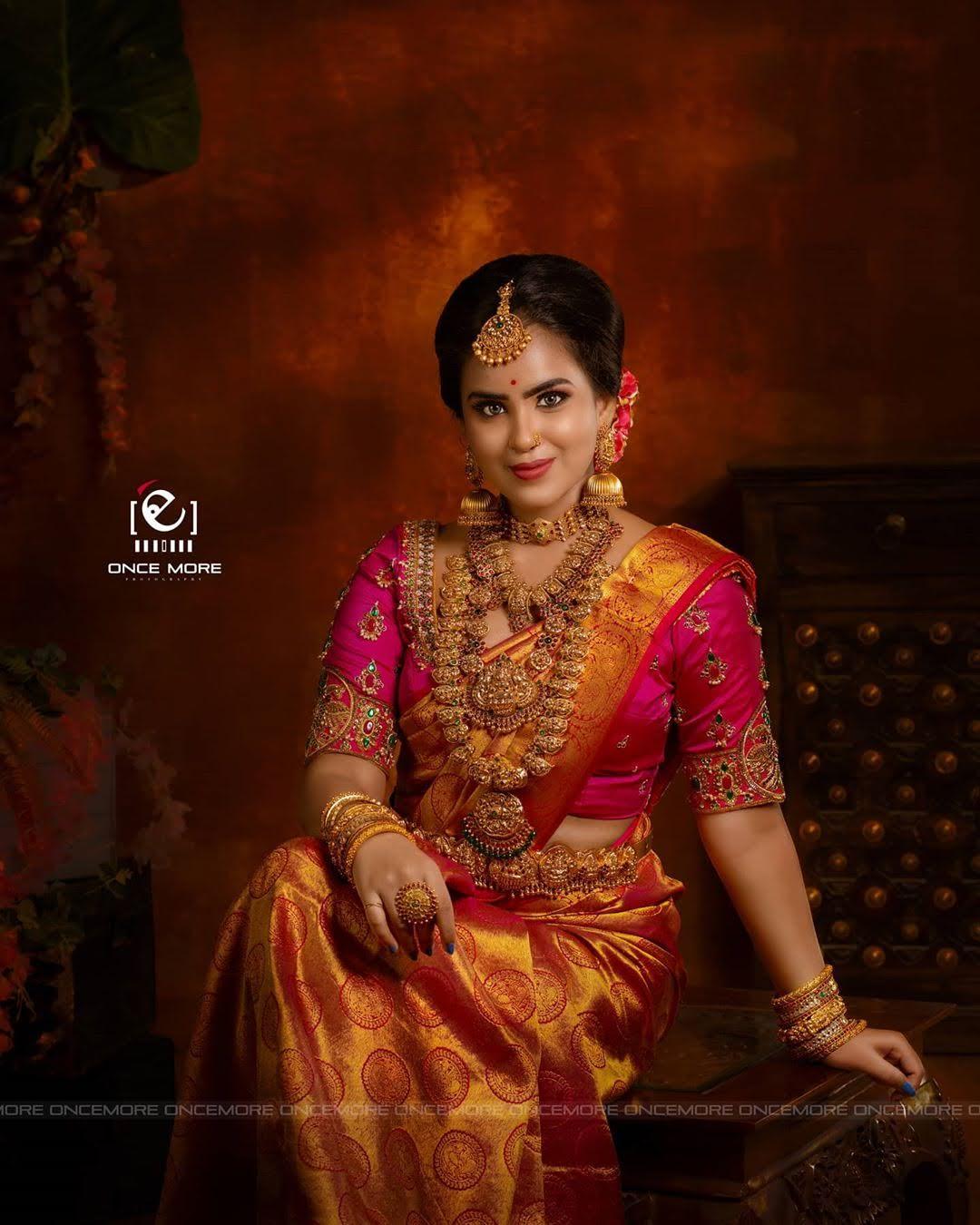 Kanmani-Sweety-Manoharan-Bharathi-Kannamma-15