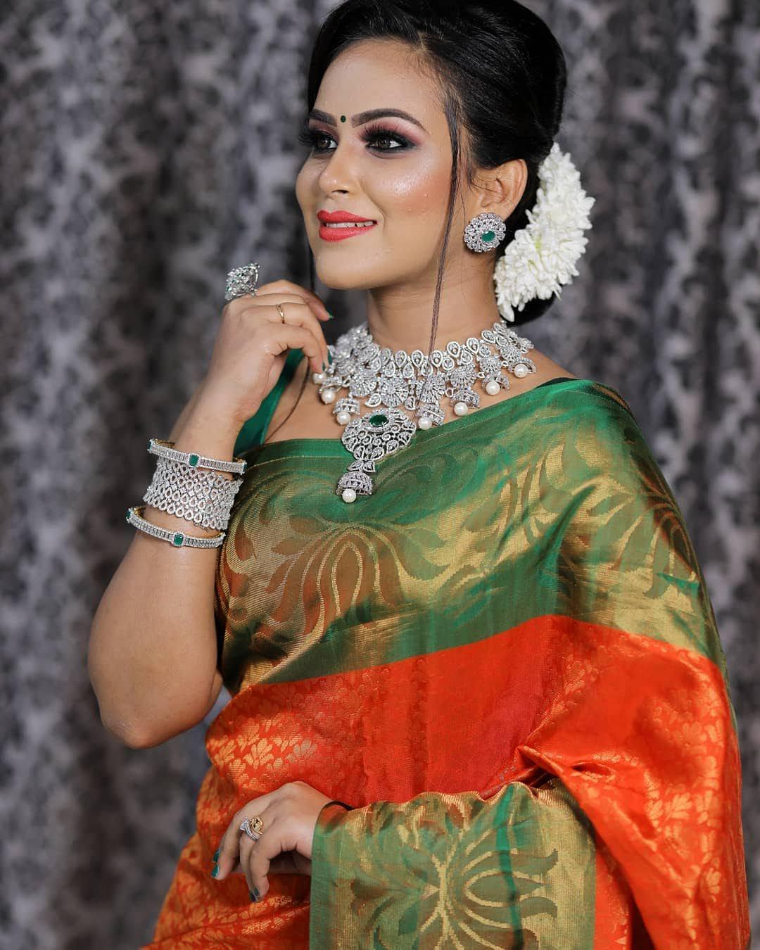 Kanmani-Sweety-Manoharan-Bharathi-Kannamma-16