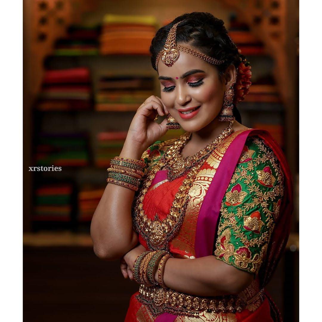 Kanmani-Sweety-Manoharan-Bharathi-Kannamma-17
