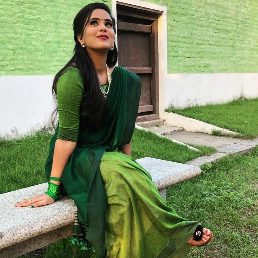 Kanmani-Sweety-Manoharan-Bharathi-Kannamma-25