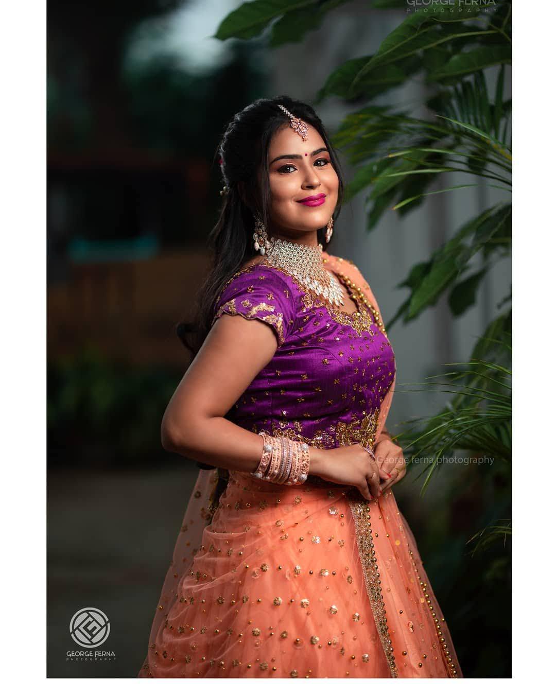 Kanmani-Sweety-Manoharan-Bharathi-Kannamma-35