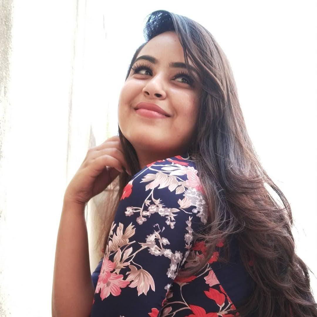 Kanmani-Sweety-Manoharan-Bharathi-Kannamma-44