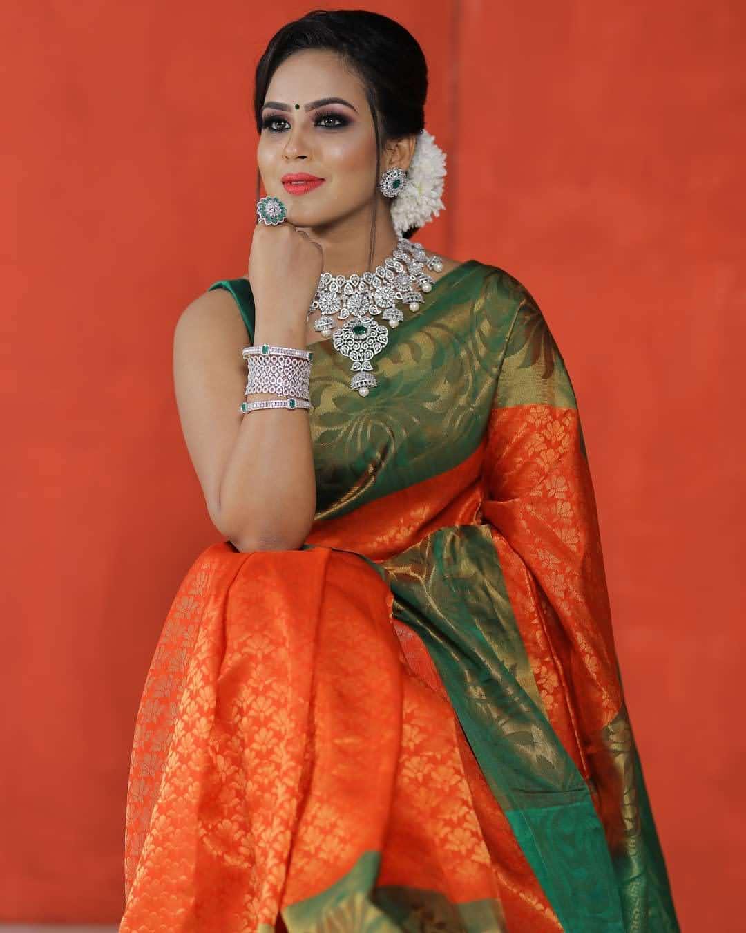 Kanmani-Sweety-Manoharan-Bharathi-Kannamma-57