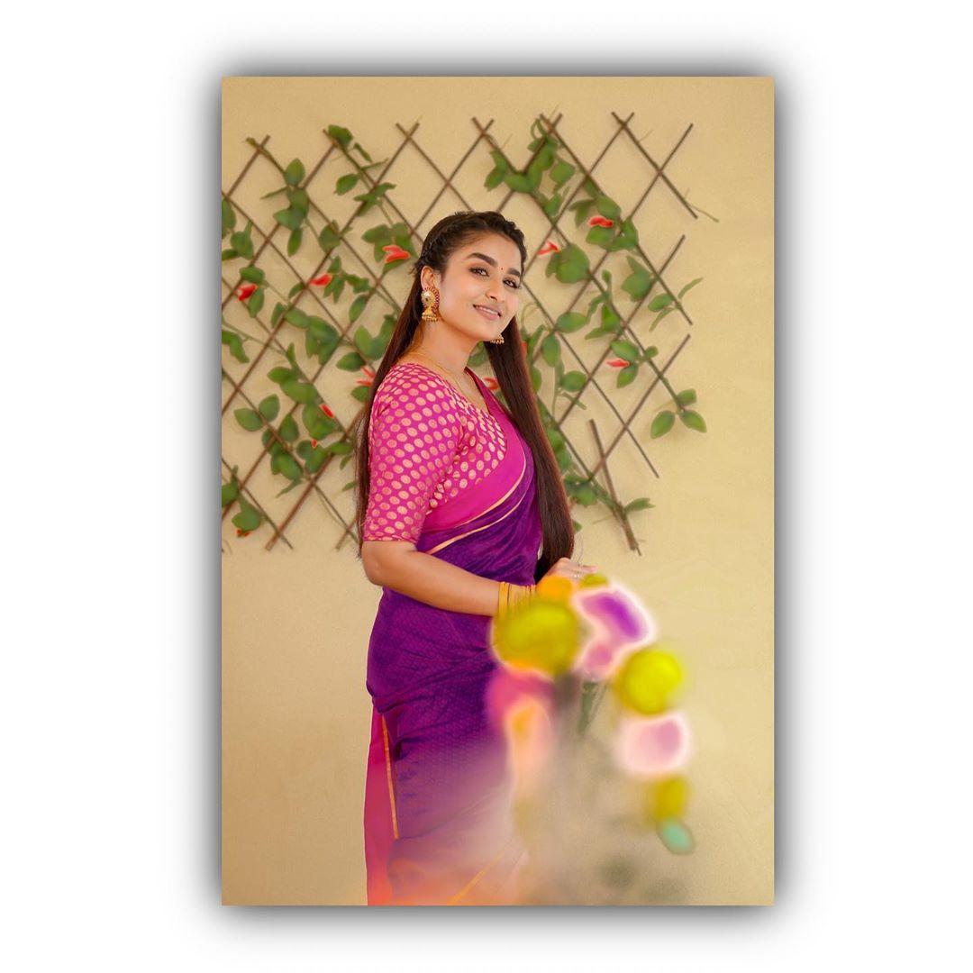 Poove-Poochudava-Reshma-20