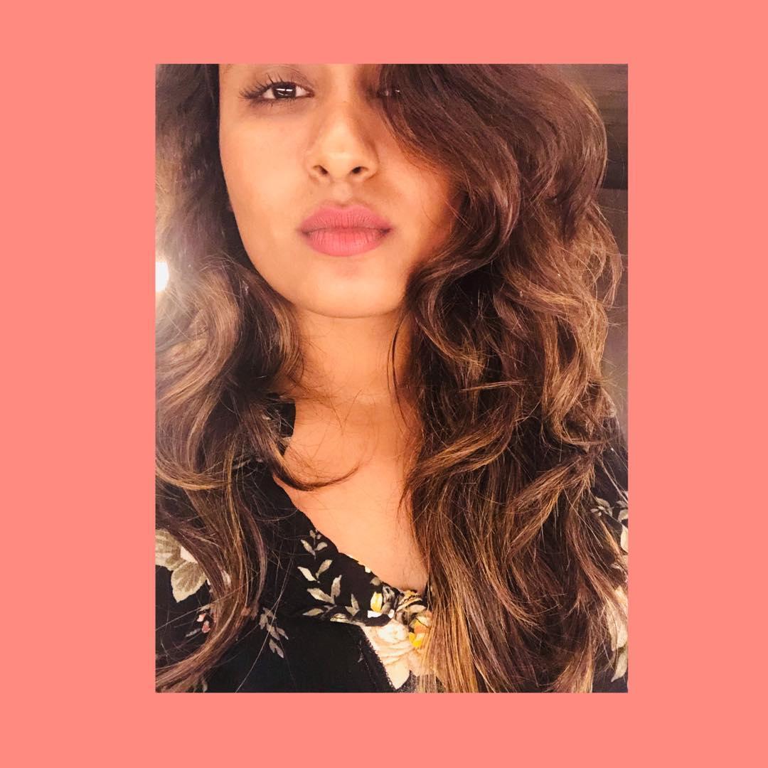 Poove-Poochudava-Reshma-26