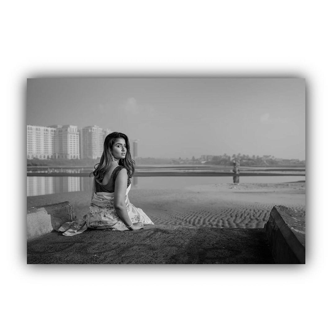 Poove-Poochudava-Reshma-6