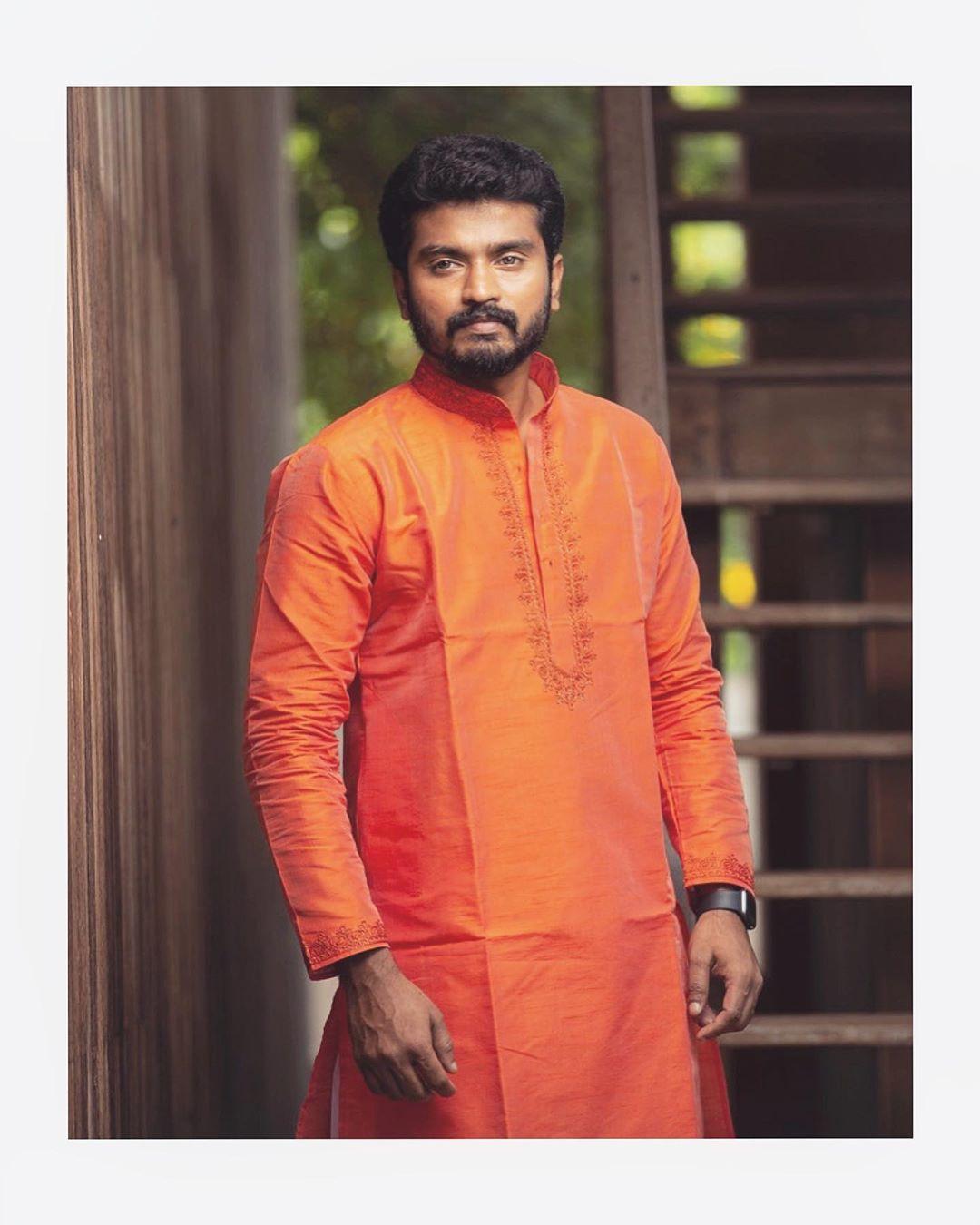 Sidhu-Thirumanam-Serial-Hero-16