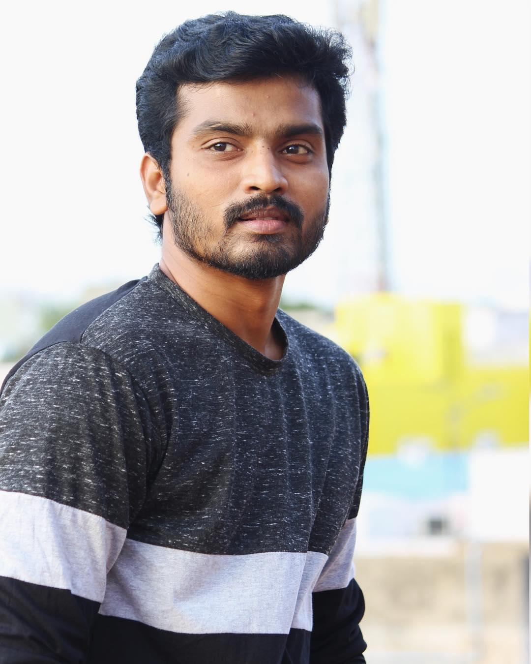 Sidhu-Thirumanam-Serial-Hero-21