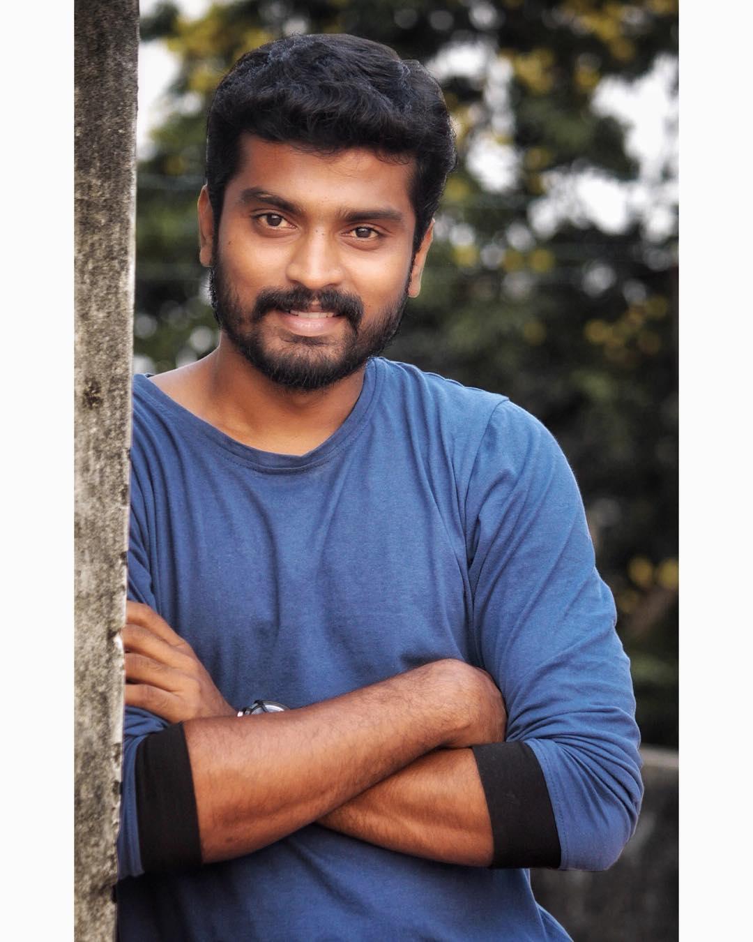 Sidhu-Thirumanam-Serial-Hero-24