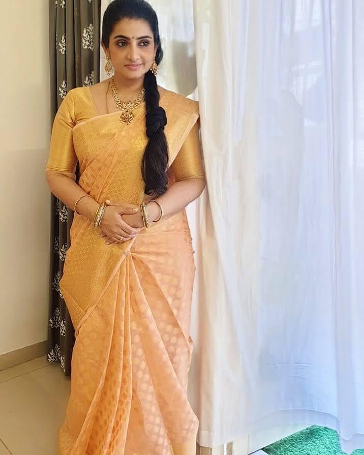 Sujitha-saree-1