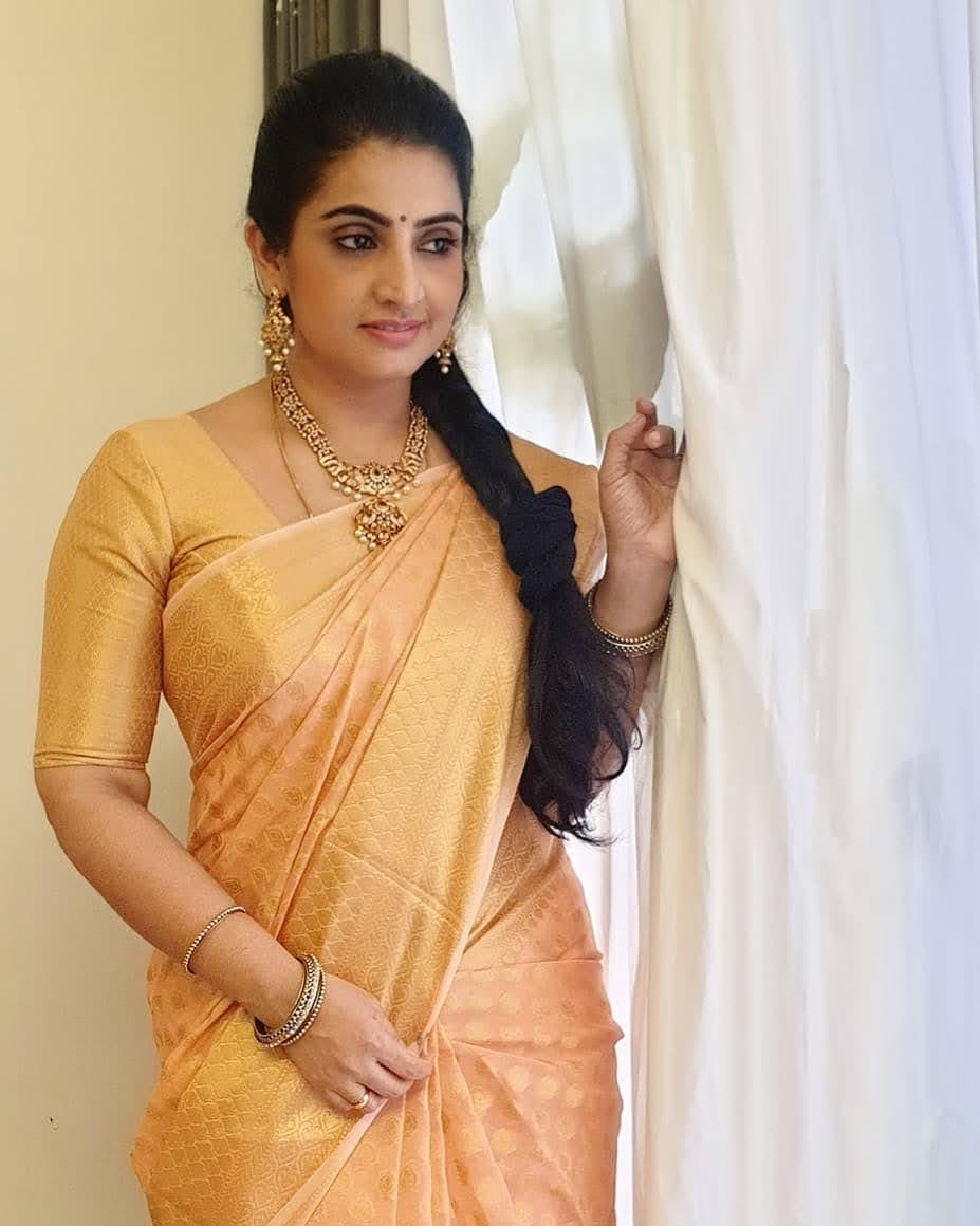 Sujitha-saree-15