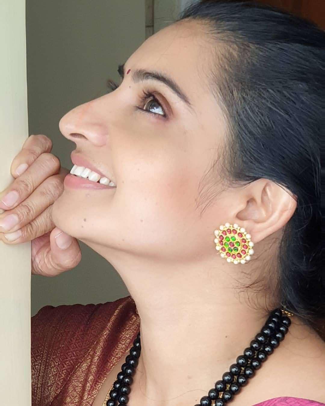 Sujitha-saree-19