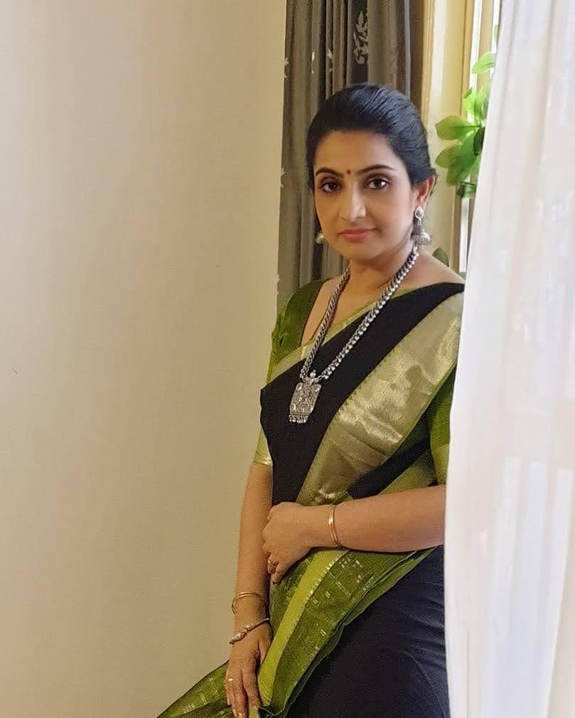 Sujitha-saree-2