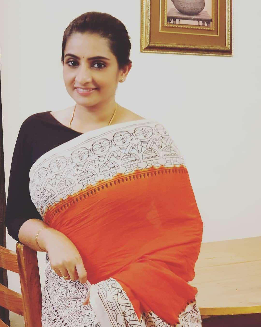 Sujitha-saree-24