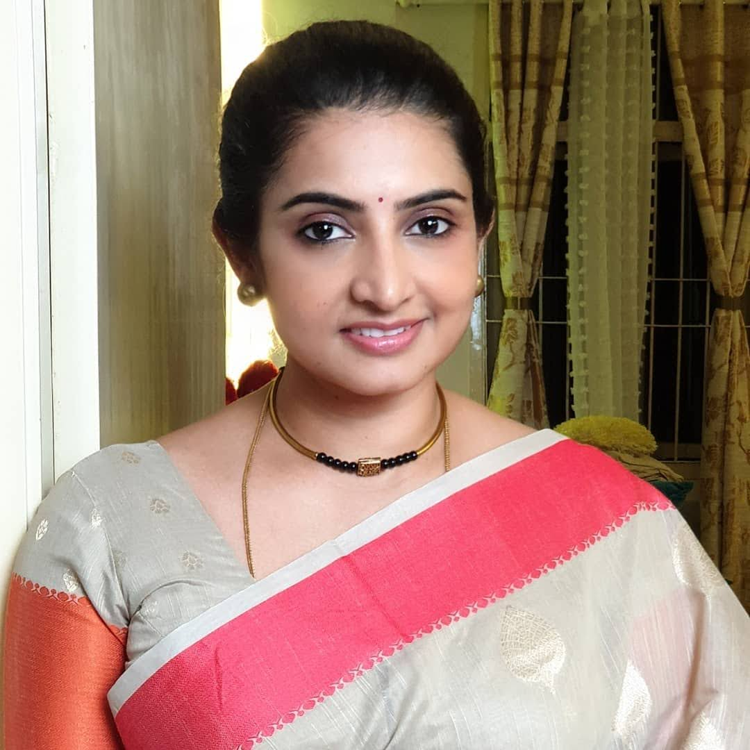 Sujitha-saree-37
