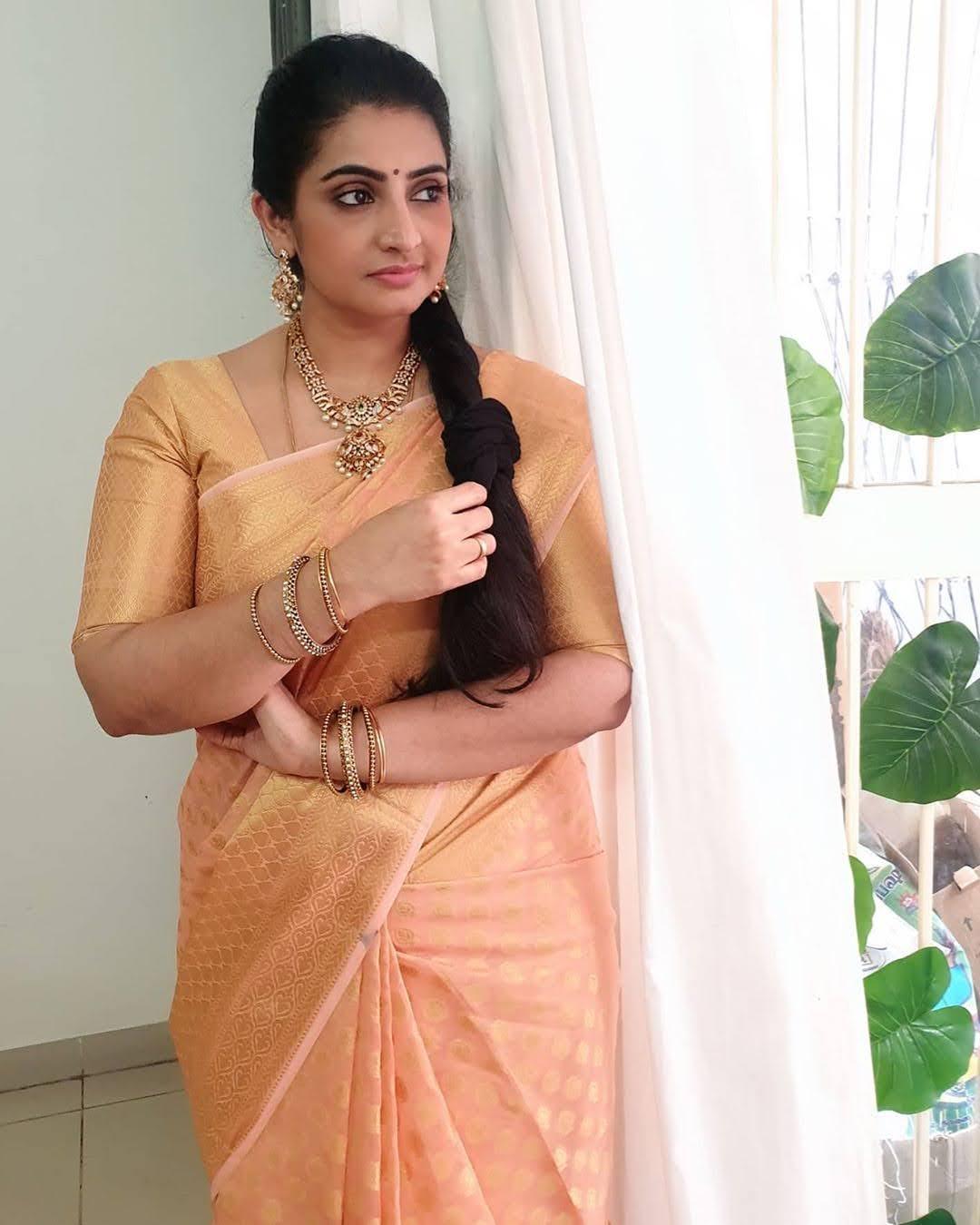Sujitha-saree-39
