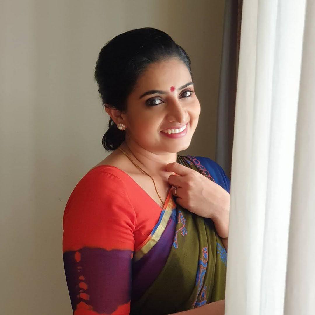 Sujitha-saree-4