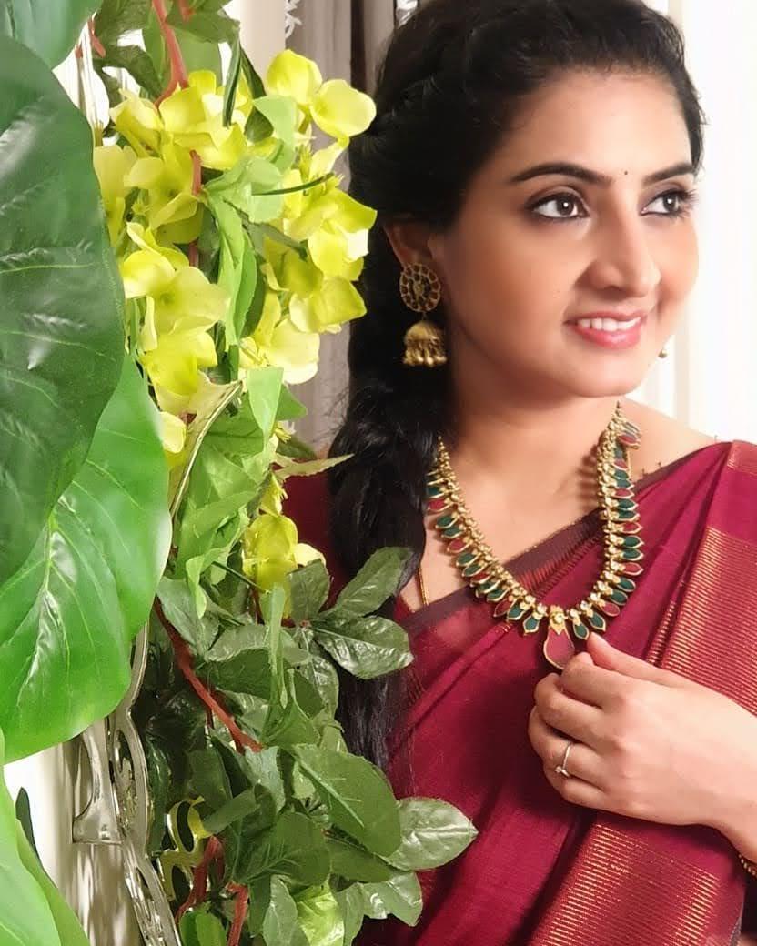 Sujitha-saree-44