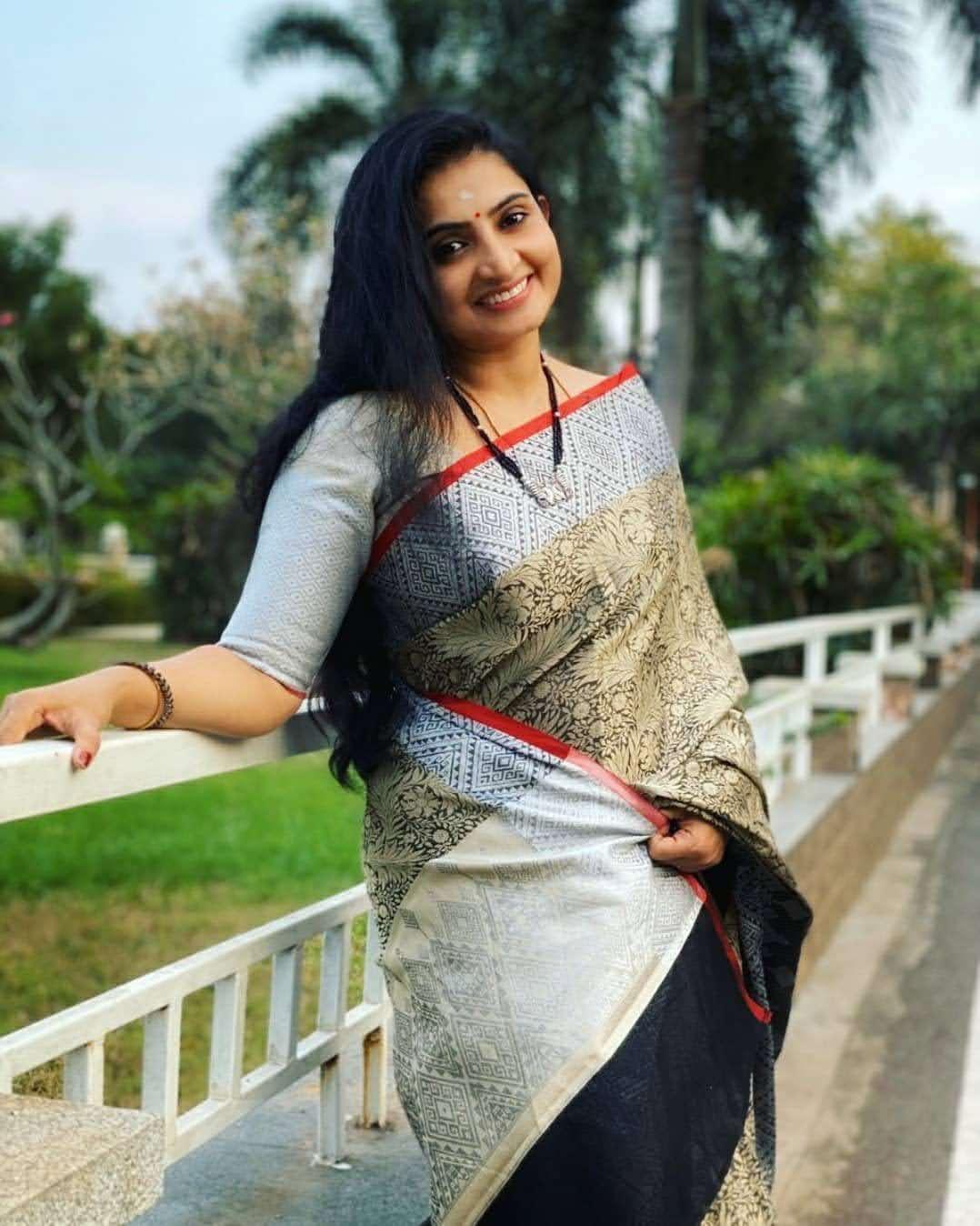 Sujitha-saree-59