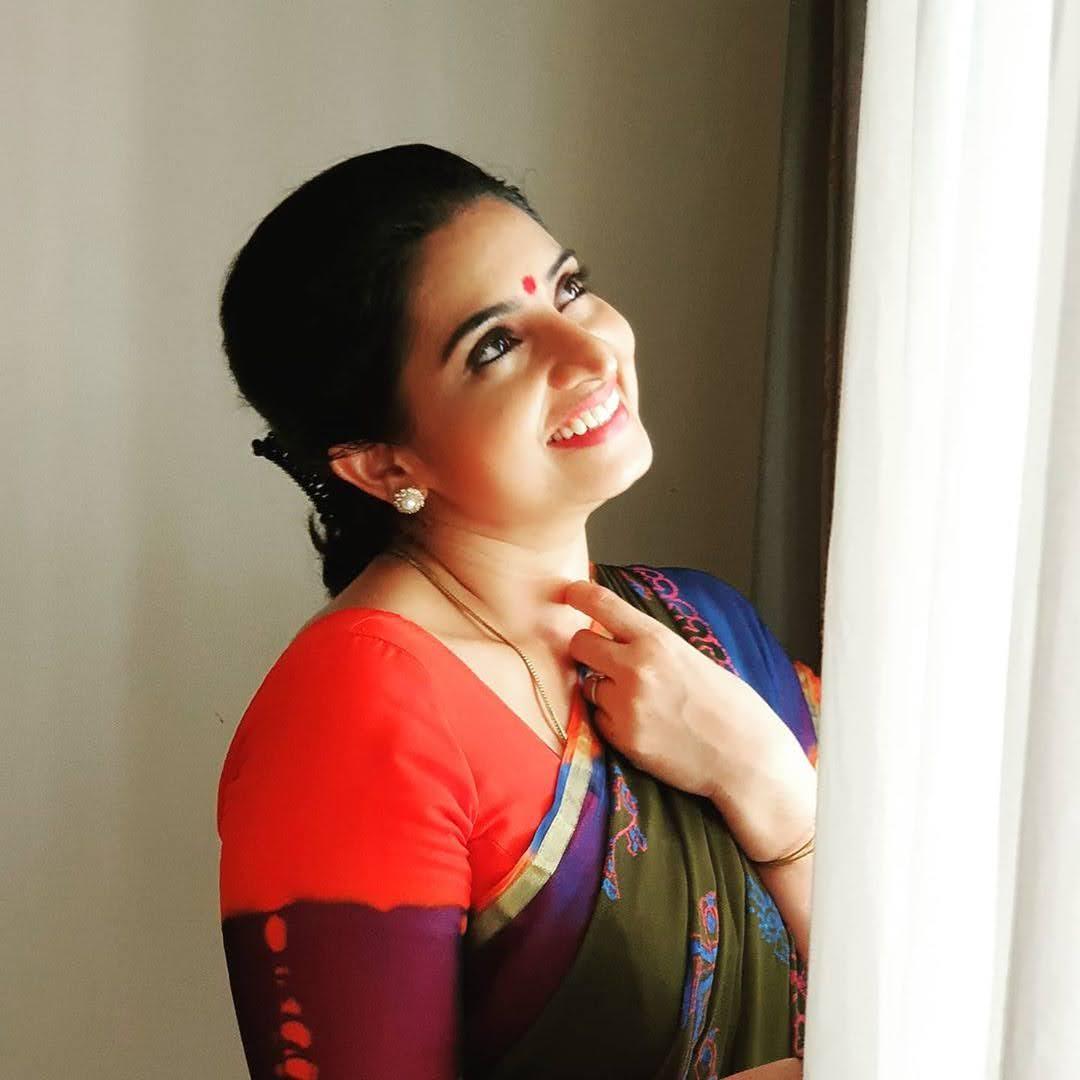 Sujitha-saree-6
