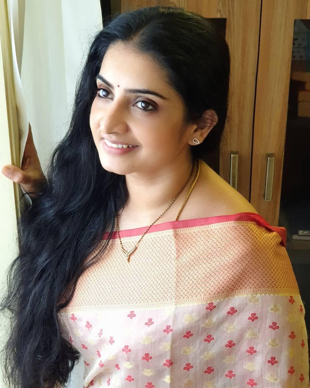 Sujitha-saree-68