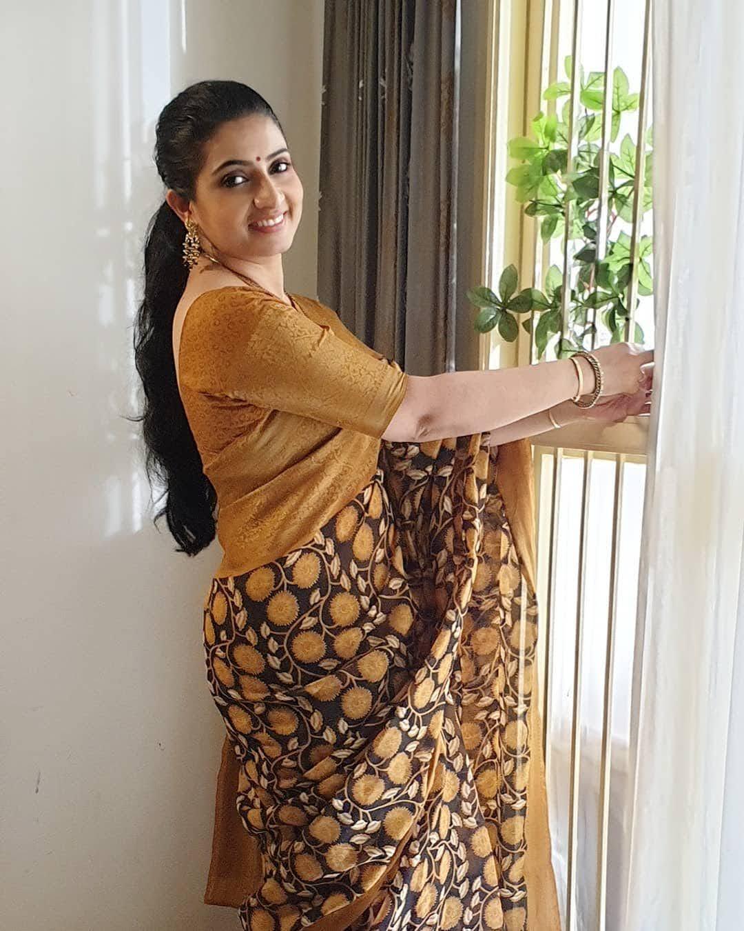 Sujitha-saree-85