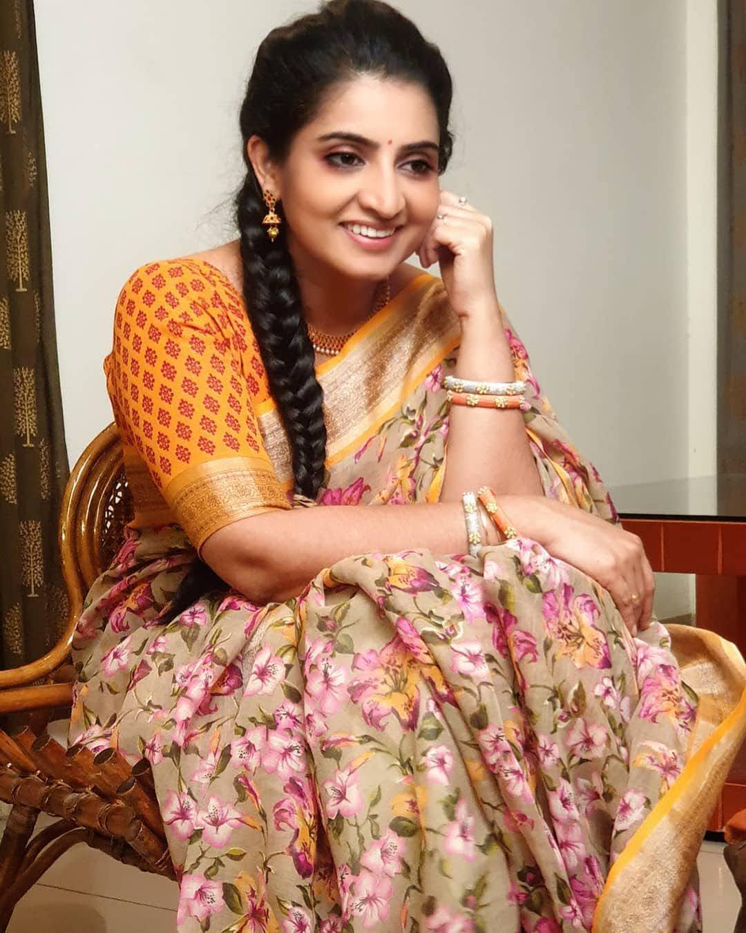 Sujitha-saree-89