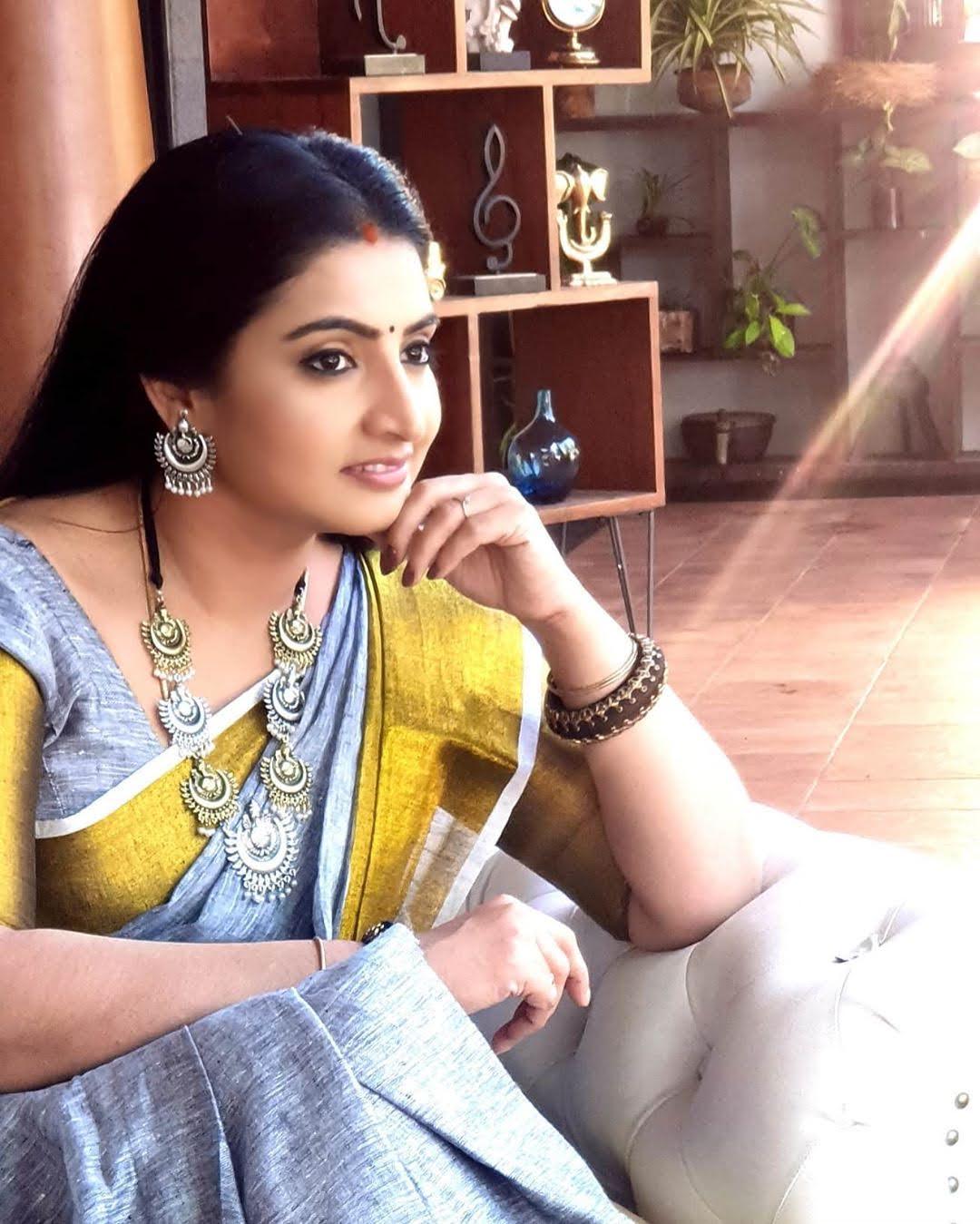 Sujitha-saree-92